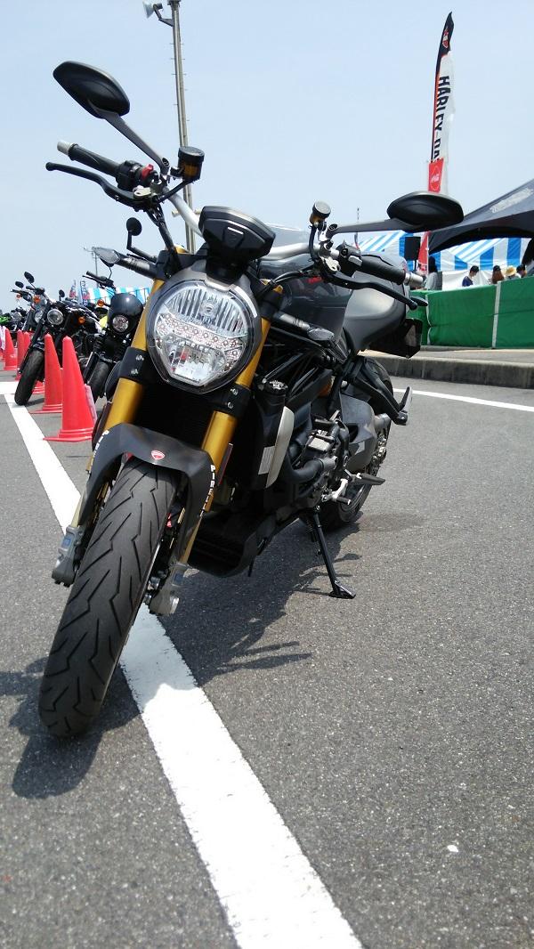 2017年鈴鹿8耐時のNEWバイク試乗会にあったMonster 1200S