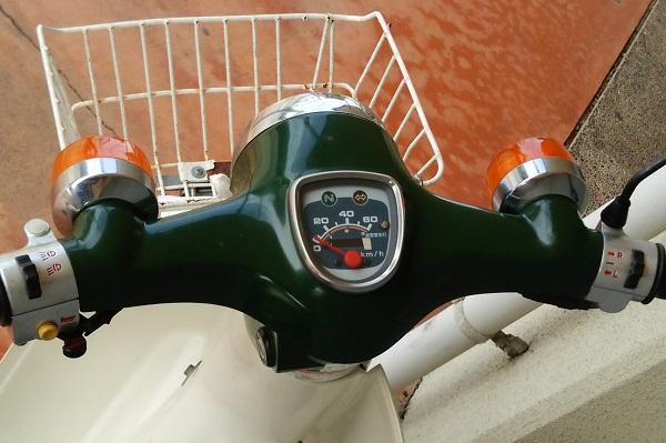 ホンダのバイク_スーパーカブのメーター