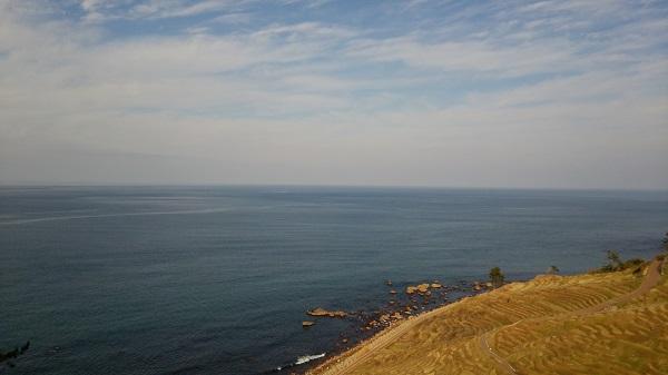 石川県の道の駅千枚田ポケットパークから見える海