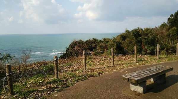 石川県富来にある巌門クリフパークから見える海