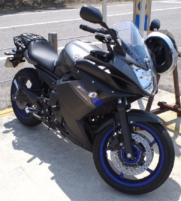 ヤマハのバイクのXJ6 DIVERSION F