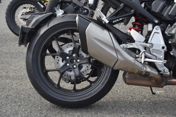 ホンダ バイク ネイキッド CB1000R 2019年式 ソードシルバーメタリック リアホイール