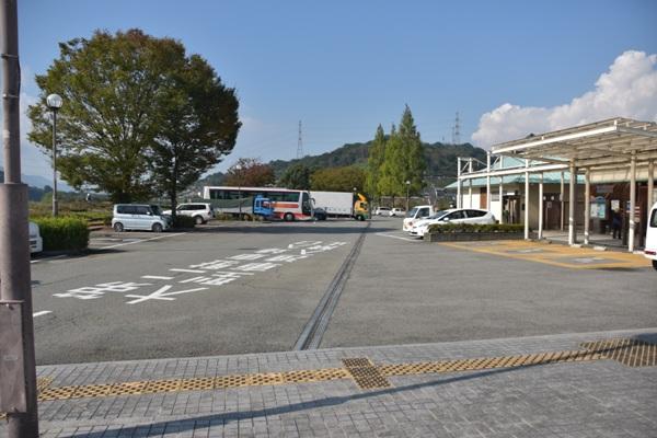 和歌山県 道の駅 紀の川万葉の里 駐車場