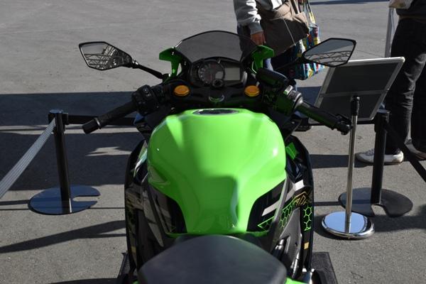 カワサキ バイク 250cc Ninja ZX-25R SE KRT edition タンク周り