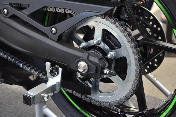 カワサキ バイク 250cc Ninja ZX-25R SE KRT edition スイングアーム周り