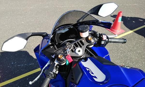 ヤマハ バイク リッターSS YZF-R1 ハンドル周り