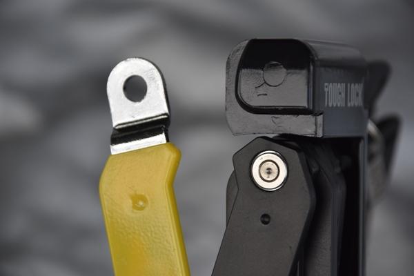 ワイズギア コンパクトロック YL-03 バイク 盗難防止 ロックが外れた様子